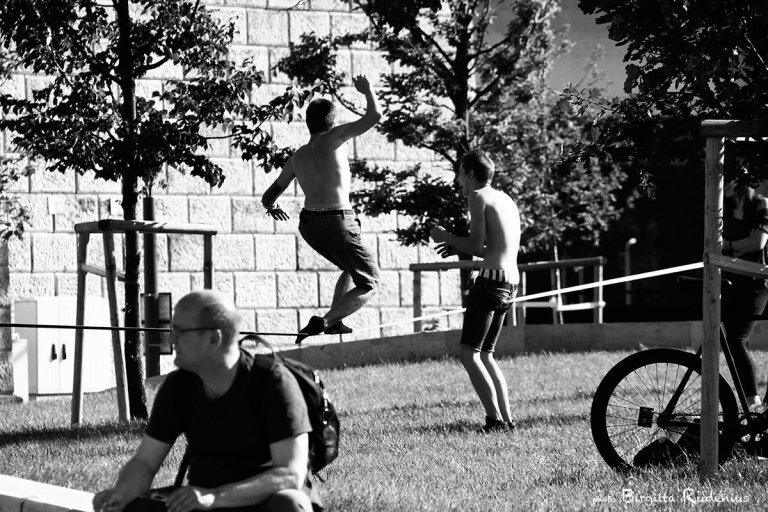 people_20130520_balance