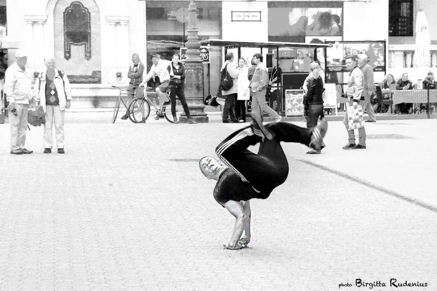 people_20130526_streetdance