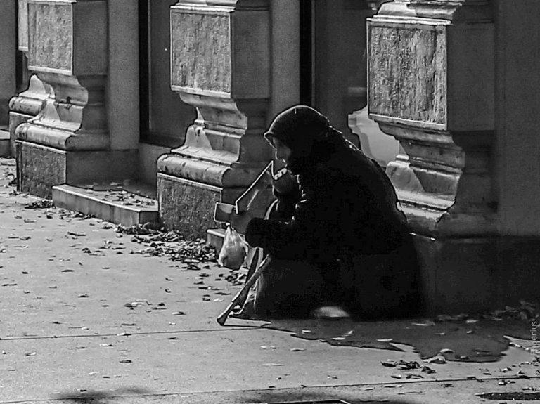 PiPP_20131020_beggar2