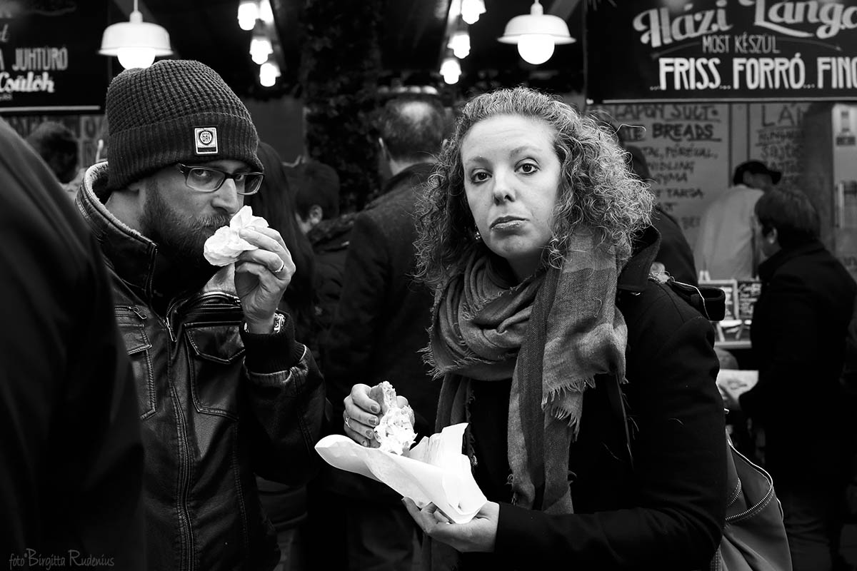 Streetphoto - Hungry Hearts