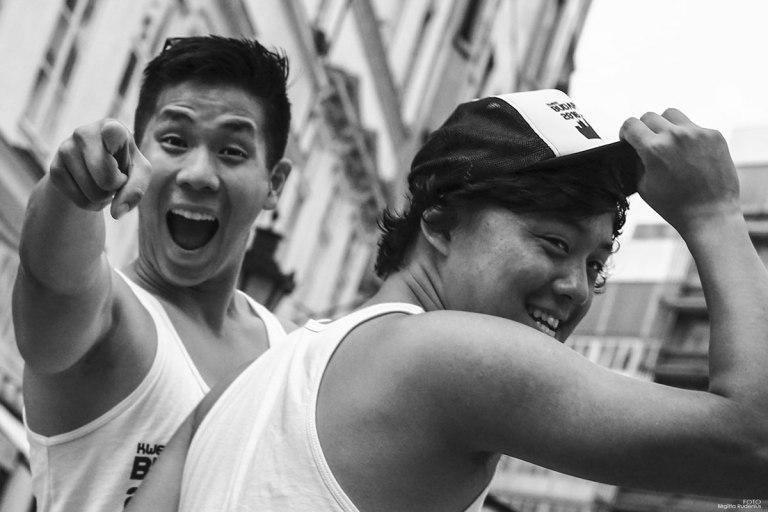 Street Photography - Ha Ha - Saw you!