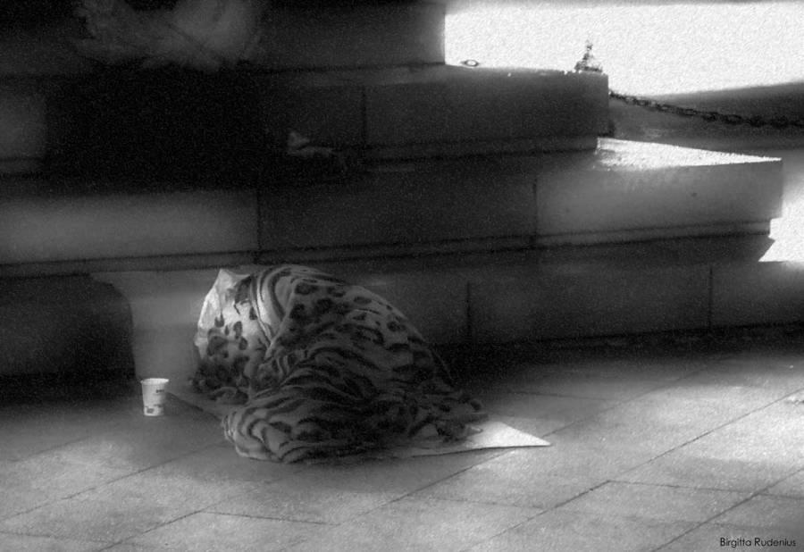 Street Photography - Sleeping 2