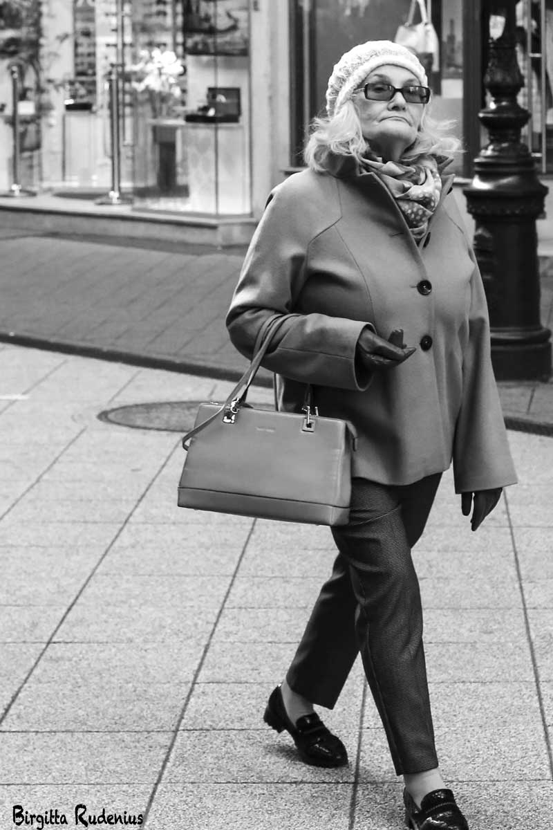 Street Photography - Street lady