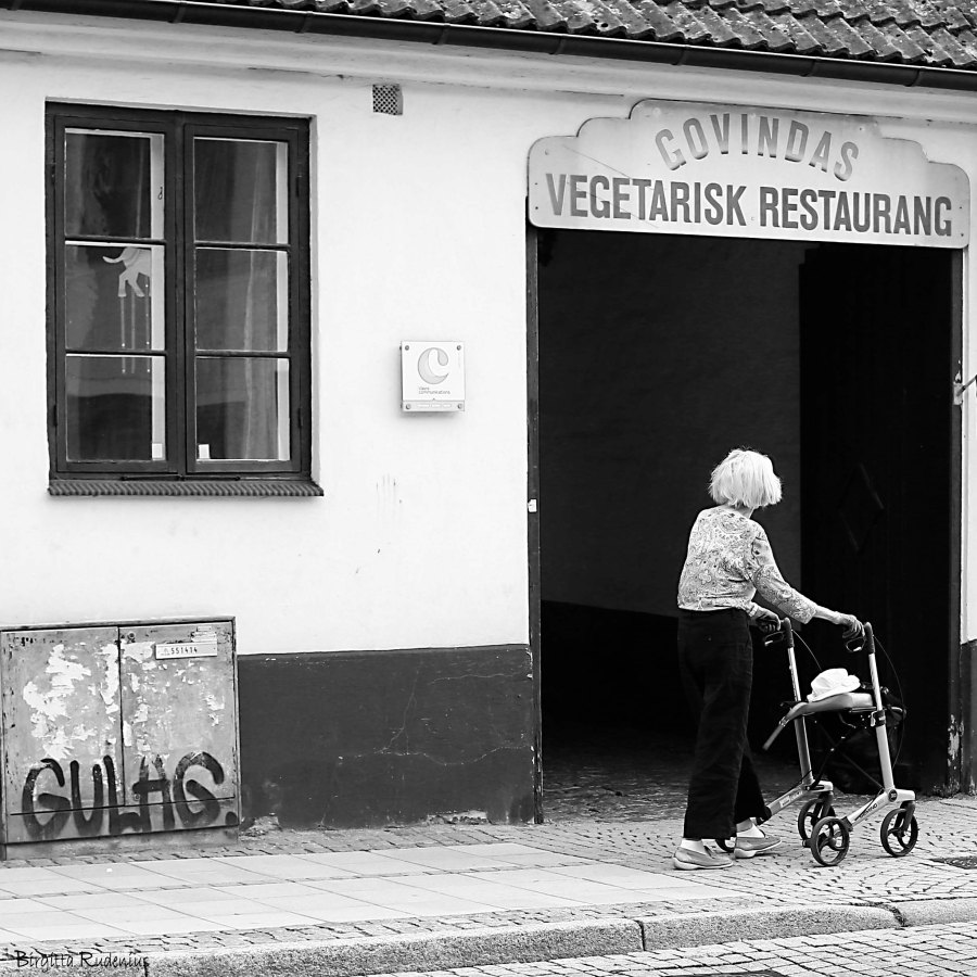 Street Photo © Birgitta Rudenius